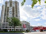 International Plaza Apartments - North Vancouver, British Columbia - Apartment for Rent
