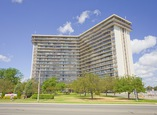 Applewood Towers Apartments - Mississauga, Ontario - Apartment for Rent