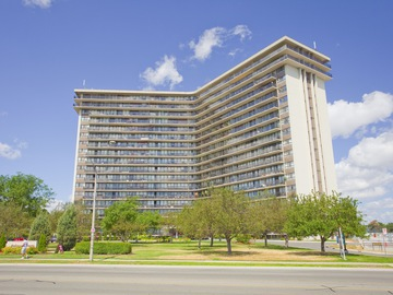 Apartments for Rent in Mississauga -  Applewood Towers Apartments - CanadaRentalGuide.com