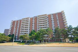 Deerford Road Apartments