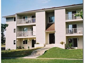 Apartments for Rent in Calgary -  Radisson Village III - CanadaRentalGuide.com