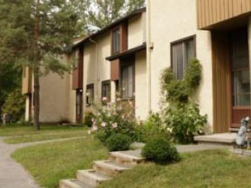 Apartments for Rent in Ottawa -  Tanglewood - CanadaRentalGuide.com