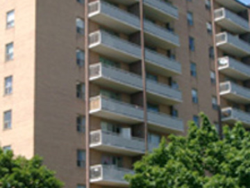 Apartments for Rent in Mississauga -  3045 Queen Frederica Drive - CanadaRentalGuide.com