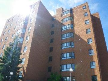 Apartments for Rent in Cambridge -  14 Spruce Street - CanadaRentalGuide.com