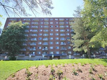 Apartments for Rent in Gatineau  -   Appartements Riviera - 50-60 Cormier - CanadaRentalGuide.com
