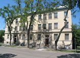 The Sunnycrest Apartments - Winnipeg, Manitoba - Apartment for Rent