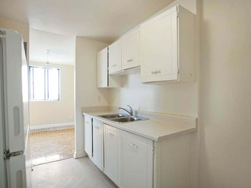 Apartments for Rent in Brampton -  Brampton Village Apartments - CanadaRentalGuide.com